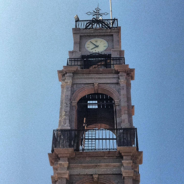 bozcaada saat kulesi